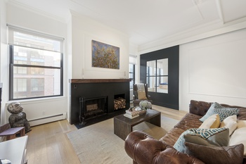 Stunning Designer Renovated 1050sf 1 Bedroom Loft at the Armory
