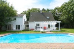PRIME LOCATION IN EAST HAMPTON